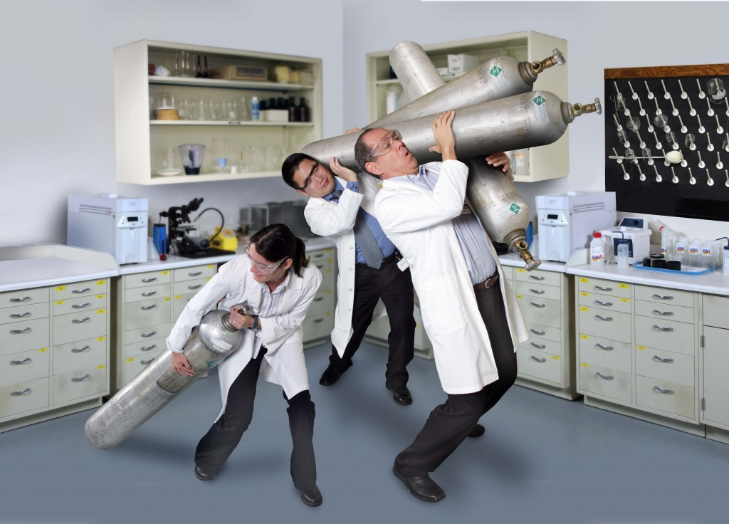 Scientists struggling to carry cylinders